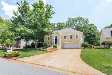 1019 Pine Cove Dr SW, Lilburn, GA 30047 | Invitation Homes