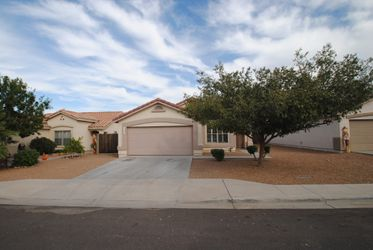 Awesome Single Family Houses For Rent In Phoenix Az Invitation Homes Home Remodeling Inspirations Propsscottssportslandcom