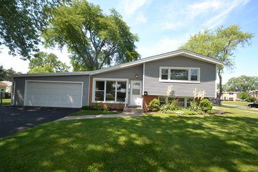 1290 Fargo Ave, Des Plaines, IL 60018 | Invitation Homes