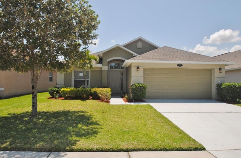 Single family houses for rent in orlando fl invitation homes stopboris Choice Image